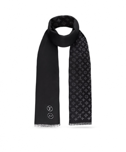 BLURRY MONOGRAM STOLE